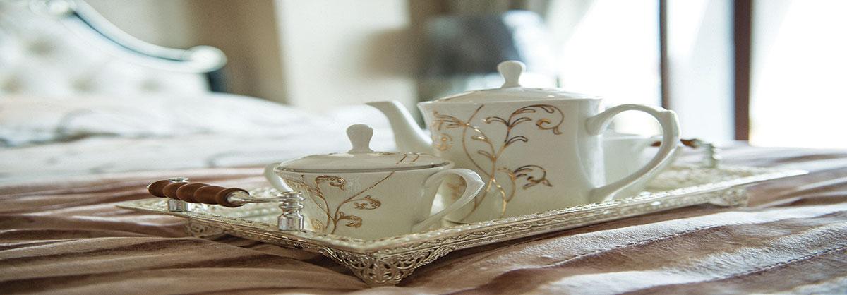 Privé Swiss Tea on Bed